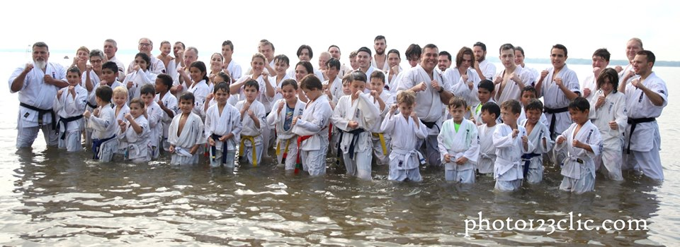 Entraînement à la plage World Kanreikai Karate 2019 – Parc national d'Oka, QC
